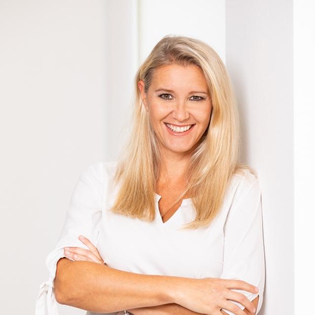 Dr. Ines Vancata